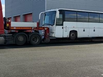 przewóz autobusu