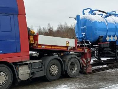 samochód ciężarowy z ładunkiem 5