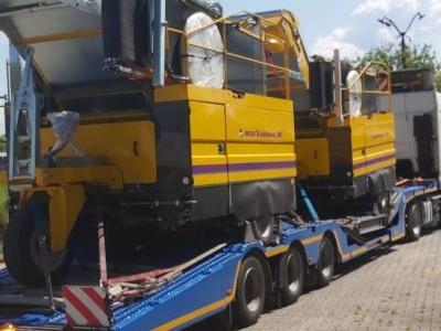 samochód ciężarowy z ładunkiem 10